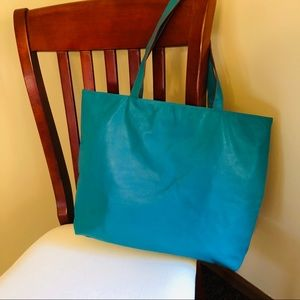 Large tote bag 19 x 14 w/ 20 inch straps
